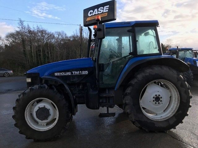 2002 New Holland TM 125 Classic