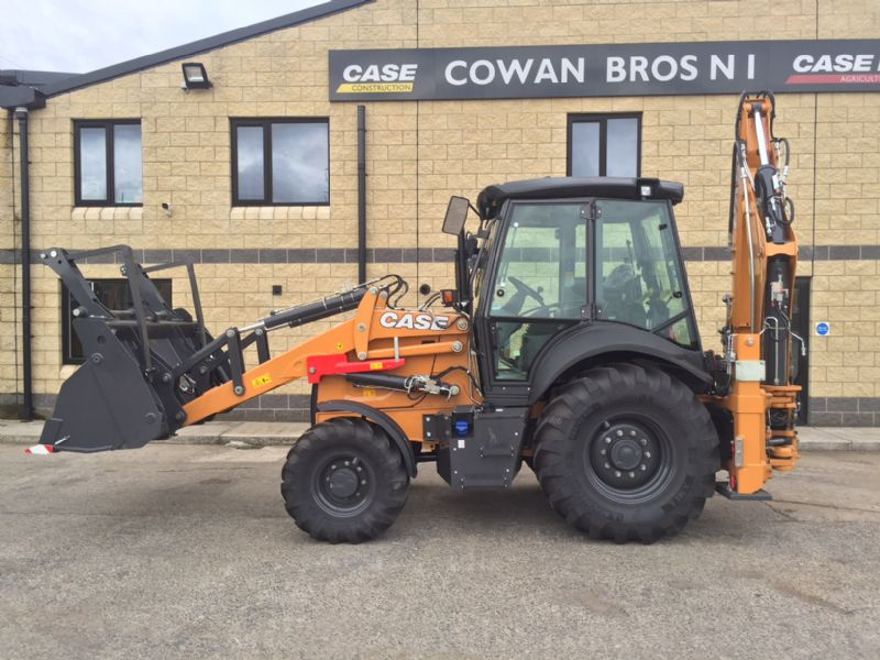 NEW CASE 590 ST (INLINE TYPE BACKHOE)